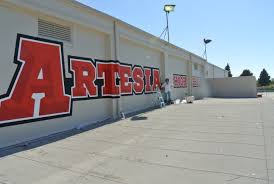 big wall mural school murals and painting on rooftops yicks big wall mural school murals and painting on roofs