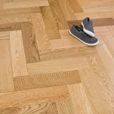 Wood Laminate Flooring Uk Engineered Herringbone Parquet Flooring Oak 18 5 X 80mm Lacquered