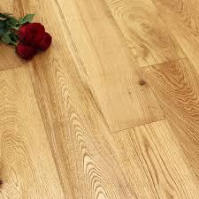 Difference Between Engineered And Laminate Flooring 1 Strip Wood Flooring Single Strip Oak Flooring