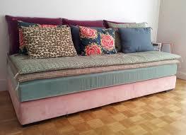 habiller un canapé transformer lit en banquette maison design hosnya com