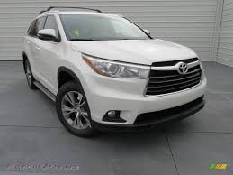 2015 toyota highlander xle in blizzard pearl white photo 23