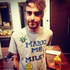 shirt miley cyrus mens t shirt t shirt miley cyrus shirt weed