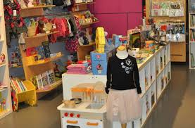 stuff in vancouver best shopping for and with children