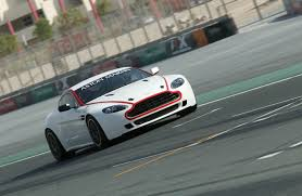 aston martin to replace vantage aston martin racing launches new vantage gt4