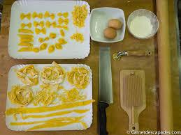 apprendre a faire la cuisine apprendre à faire de véritables pâtes italiennes à la casa artusi