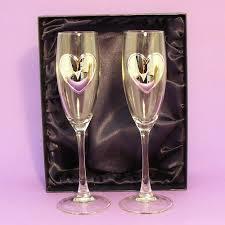 wedding gift glasses chagne flutes glasses gift boxed personalised wedding gift