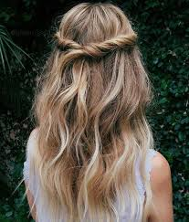 soft curl hairstyle 11 easy to do hairstyle ideas for summers beach club hair style