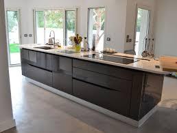 cuisine central montpellier cuisine moderne en longueur modèle alchimie kitchens