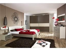 chambre a coucher parentale chambre chambre parentale moderne chambre moderne taupe photo daco
