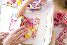 marvellous marbling effect with shaving cream kiwi families