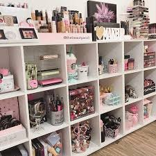 Makeup Room Decor Best 25 Makeup Room Diy Ideas On Makeup Desk Diy