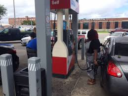 list open gas stations in ta bay area wfla