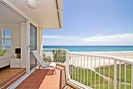 crystal beach absolute beachfront holiday unit bilinga gold
