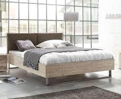 Schlafzimmer Zubeh Industrial Style Bett Mit Kufen Und Kunstleder Kopfteil Tampere