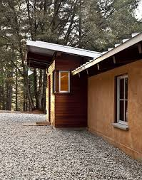 off grid strawbale cabin home design garden u0026 architecture