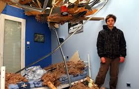 chambre arbre préchac un arbre tombe dans sa chambre 22 12 2009 ladepeche fr