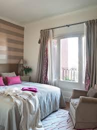 gardinen im schlafzimmer 31 ideen für schlafzimmergardinen und vorhänge
