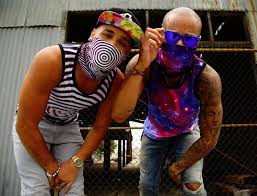 what do guys wear to raves iheartraves