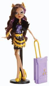 amazon com monster high travel scaris clawdeen wolf doll