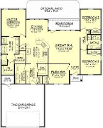 traditional style house plan 3 beds 2 00 baths 1849 sq ft plan
