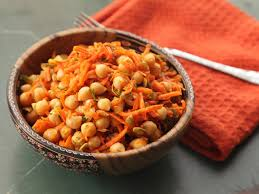 easy make ahead carrot and chickpea salad with dill and pumpkin