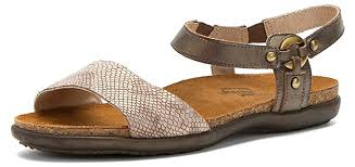 Comfort Sandals For Walking 13 Comfortable Walking Sandals That Don U0027t Sacrifice Style