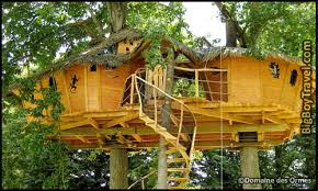 Best Treehouse Hotels In The World Top 10 Domaine des Ormes France