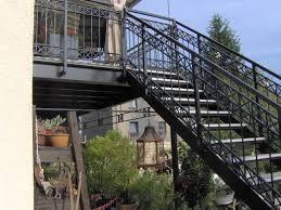 balkon mit treppe metallbau baum duisburg schlosserei stahlbau geländer