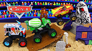grave digger 30th anniversary monster truck toy disney cars monster trucks challenge the wheels monster jam at