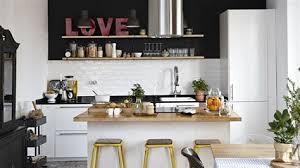 carrelage damier cuisine cuisine pour petit espace 4 le carrelage damier noir et blanc