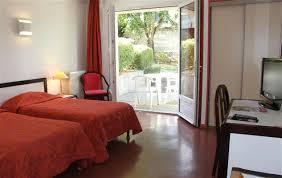 hotel de charme avec dans la chambre séjour gratuit pour les enfants en anjou hotel restaurant domaine