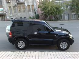 pajero mitsubishi 2005 mitsubishi pajero sport 3 0 2005 review specifications and photos