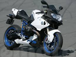 bmw sport motorcycle saw this for the first time this afternoon now i want to try