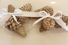 pinecone garland diy bleached pinecone garland middle design