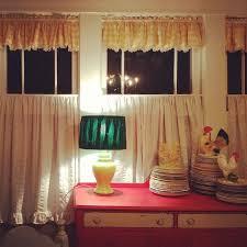 Cottage Kitchen Curtains by 99 Best Cottage Kitchens Images On Pinterest Cottage Kitchens