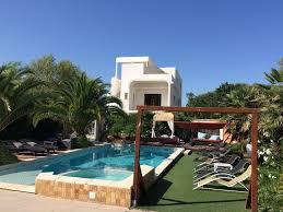 chambres d hotes montpellier et environs gîtes chambres d hôtes avec piscine à 5 mn de