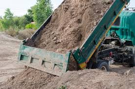 How Many Cubic Yards Are In A Ton Of Gravel How Much Does A Cubic Yard Of Dirt Weigh Self Haul Or Delivery
