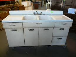 Old Metal Kitchen Sink Cabinet Pictures And Ideas Home Design - Retro metal kitchen cabinets