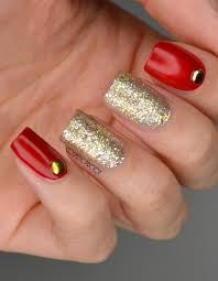 nails festively sophisticated with dior nail vernis in state of