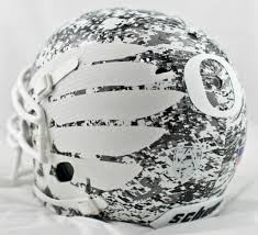 oregon ducks white digital camo helmet goducks duckfrenzy