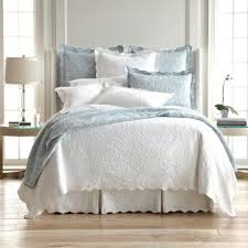 Bed Quilts And Coverlets Best 25 Coverlet Bedding Ideas On Pinterest Bedding Master