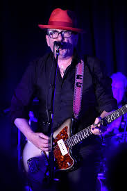 elvis costello takes fans back to the bedroom sfgate