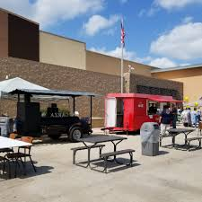 walmart closed for thanksgiving find out what is new at your floresville walmart supercenter 305