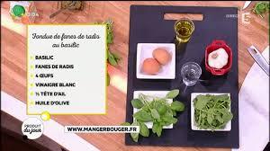 comment cuisiner les fanes de radis recette fondue de fanes de radis au basilic et œuf poché