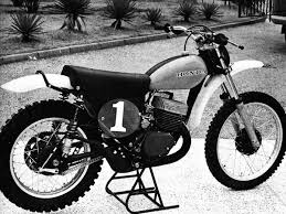 vintage yamaha motocross bikes dirt bike magazine honda u0027s greatest bike the cr250r two stroke