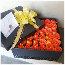 flowers in a box the flowers express philippines send flowers with feelings sun