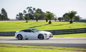 lexus lc drive 2018 lexus lc 500h white test drive side view gallery photo 30 of 84