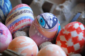 Decorating Easter Eggs With Silk by Easter Crafts To Brighten Any Home Reader U0027s Digest