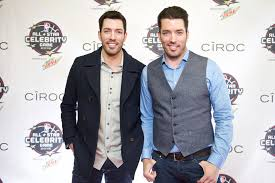 jonathan and drew scott the property brothers are coming to pullo