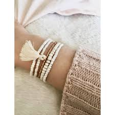 style boheme chic bracelet bohème chic pour femme en perles et pompon
